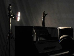 The Hand & Piano